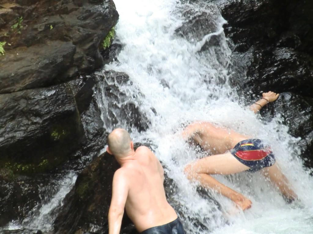 Йогатерапия с Прокуниными в Индии. Водопад Яна