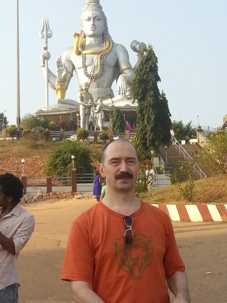 Йогатерапия с Прокуниными в Индии. Храм Шивы